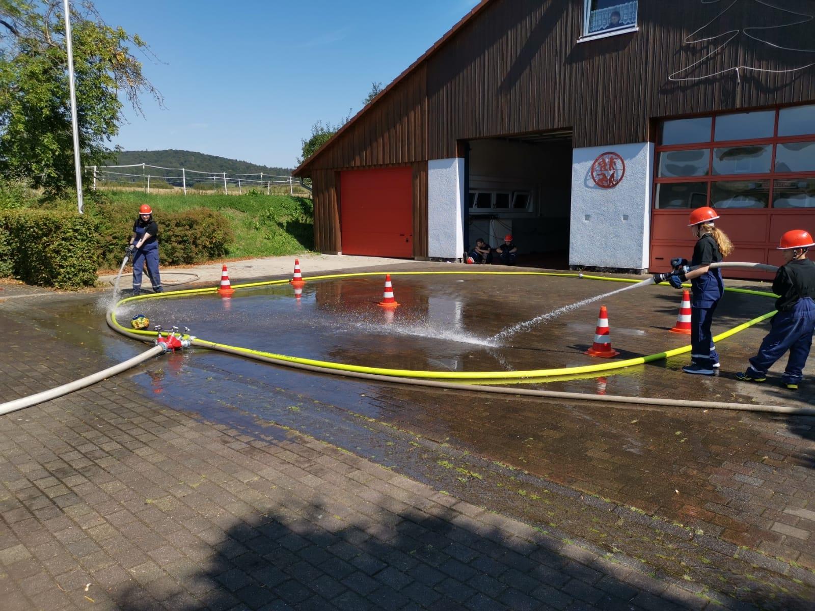 2019 08 30 Nachwuchstag bei der Feuerwehr Bild 1
