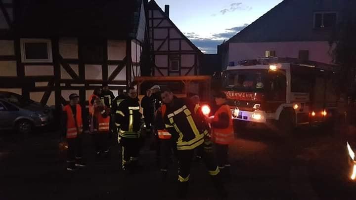 2019 11 11 Feuerwehr sichert St. Martins Umzug